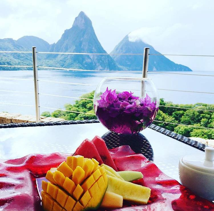 Jade Mountain guest photo by @angiesilverspoon