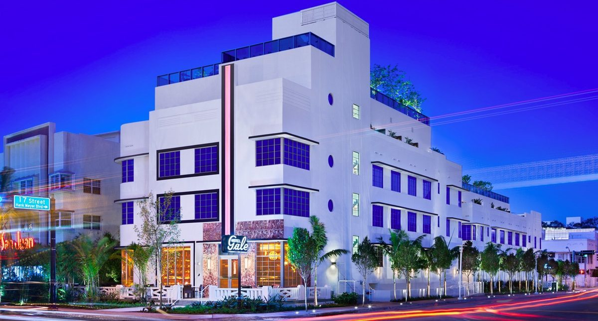 Kaskades Suites at Gale South Beach